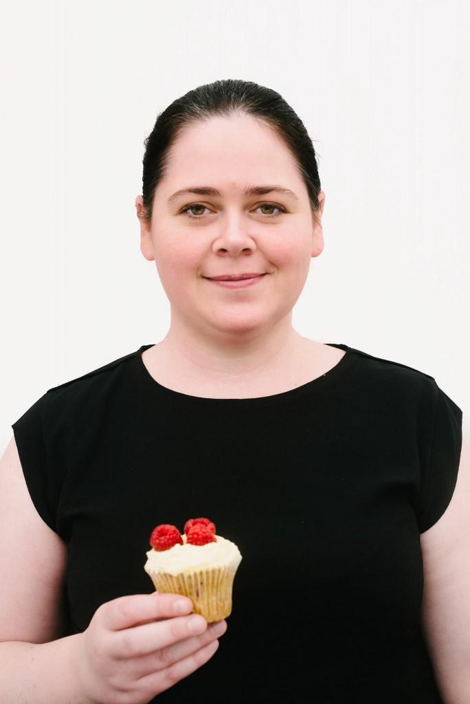 Mari lærer deg gjerne kunsten å lage perfekte cupcakes.