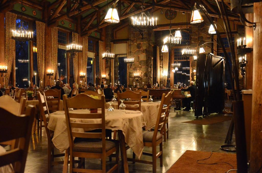 Restaurantbesøk på ikke-veganske steder kan med litt planlegging være både hyggelig og avslappende. (Foto: Pixabay)
