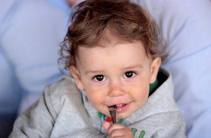 Veganske barn kan kose seg med masse forskjellig i selskap med andre barn, og det trenger ikke være sosialt hemmende. Foto: Pixabay.com